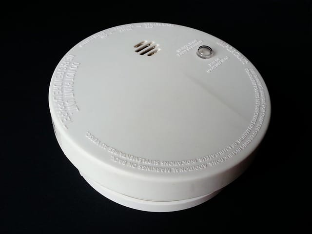 How long will a smoke detector chirp before it dies